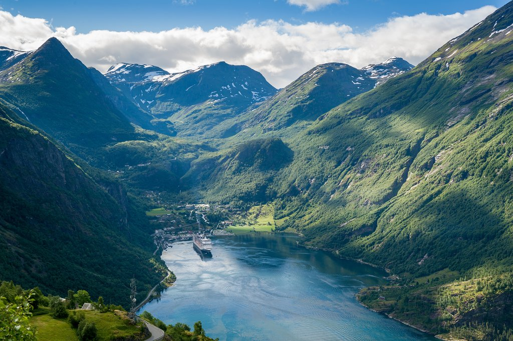 Stay a night along the Geirangerfjord between Bergen and Trondheim