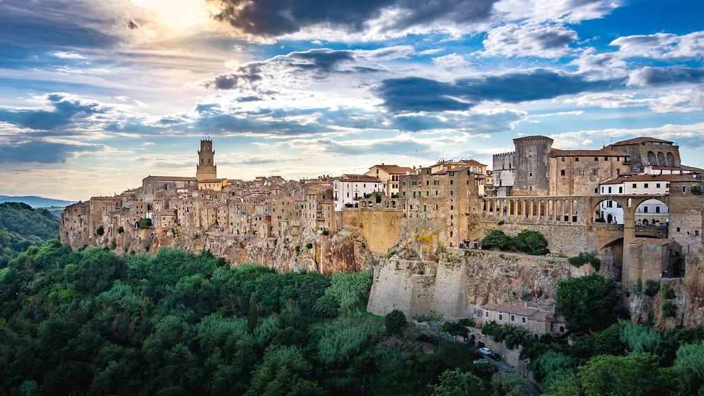 Discover Città del Tufo in the Maremma