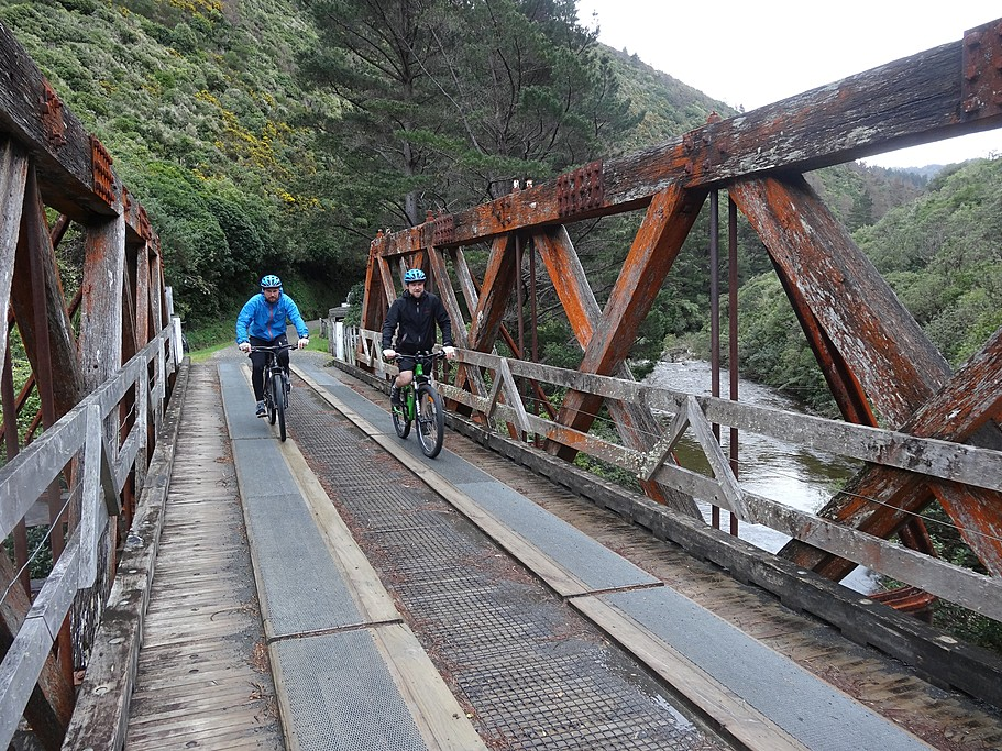 Discover New Zealand along the Rimutaka Trail