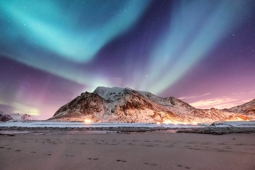 A Northern Lights display from the Lofoten Islands.