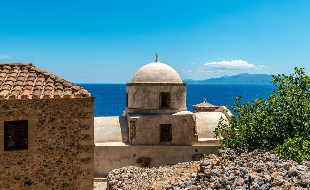 Peloponnesian views of the Aegean