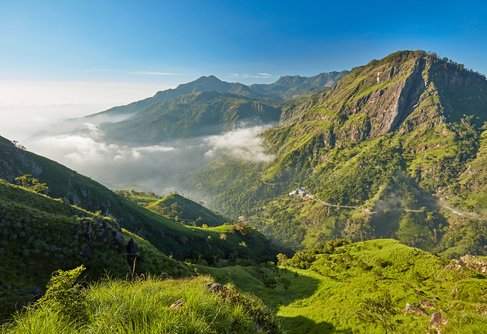 The lush green mountains of Ella, Sri Lanka