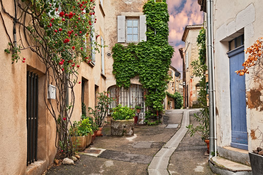 An ancient alley in the village of Lourmarin