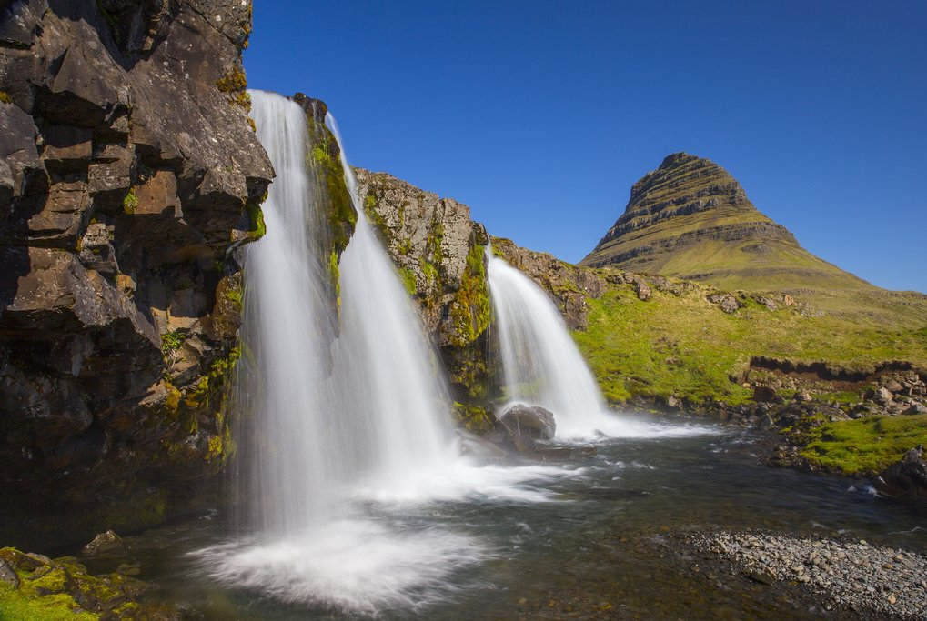Kirkjufellsfoss Waterfalls with Kirkjufell in the distance