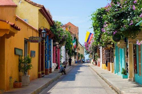 Street scene in the historic old city of Cartagena