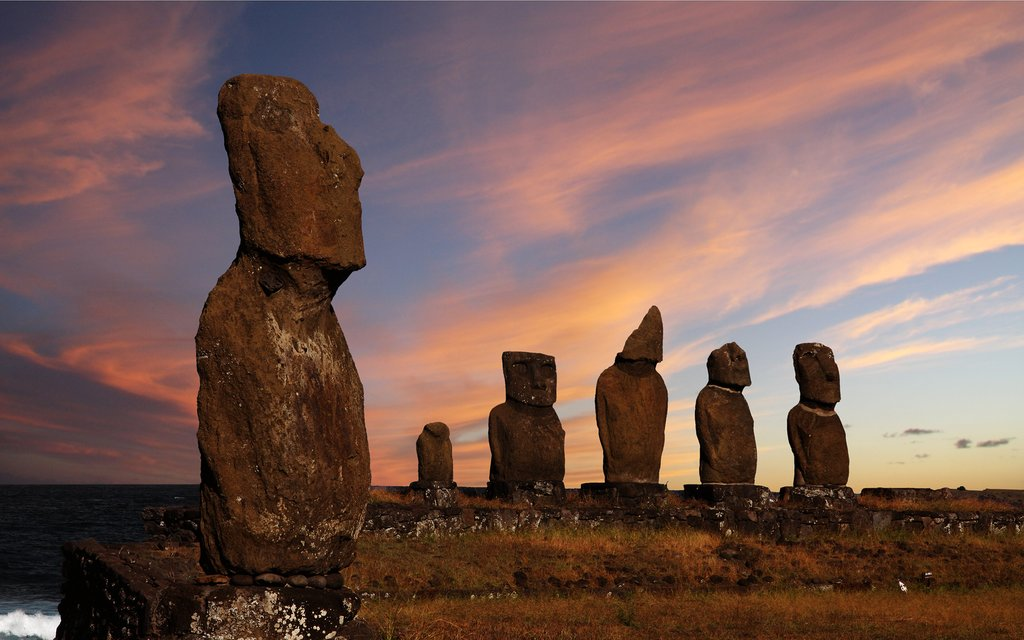 Ultimate Guide to Easter Island: Moai & More off the Chilean Coast