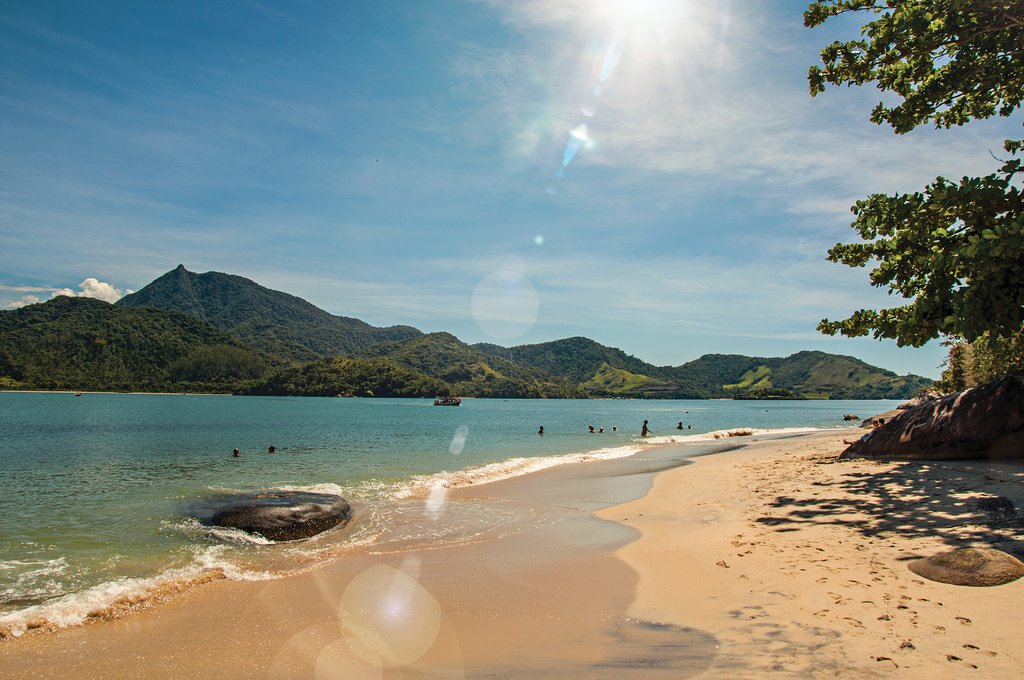 Ilha do Pelado, a tropical beach near Paraty