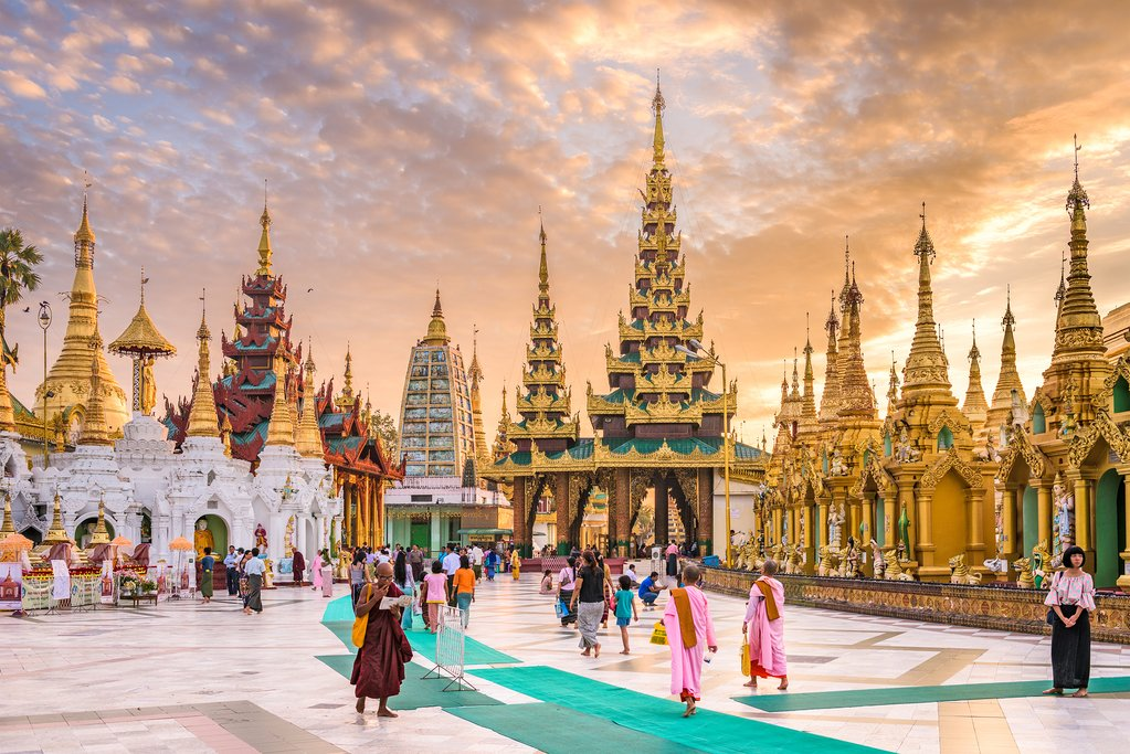 Shwedagon Pagoda, Myanmar's most scared Buddhist pagoda