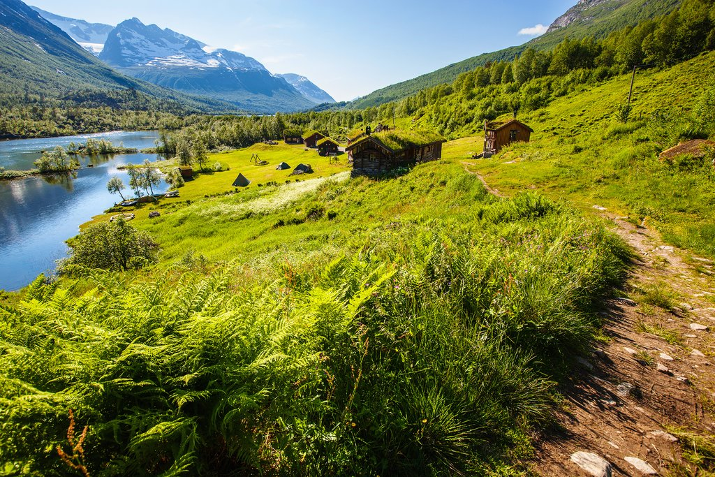 Scenic trails meander through this mountainous route in central Norway.