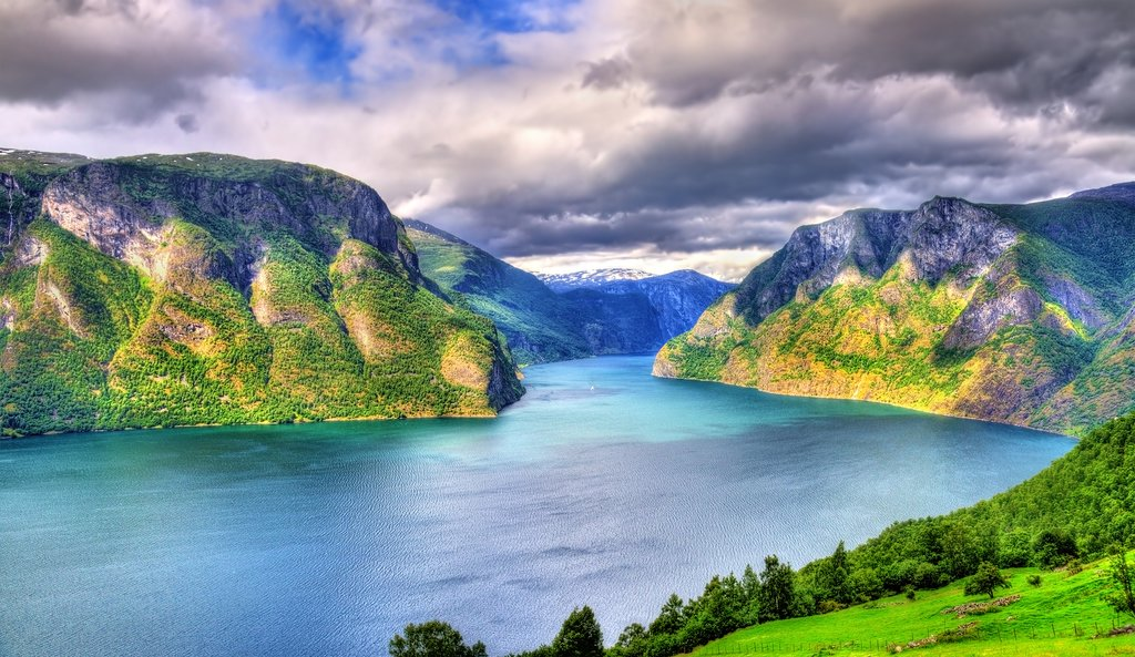 Get close to the views in Naeroyfjord