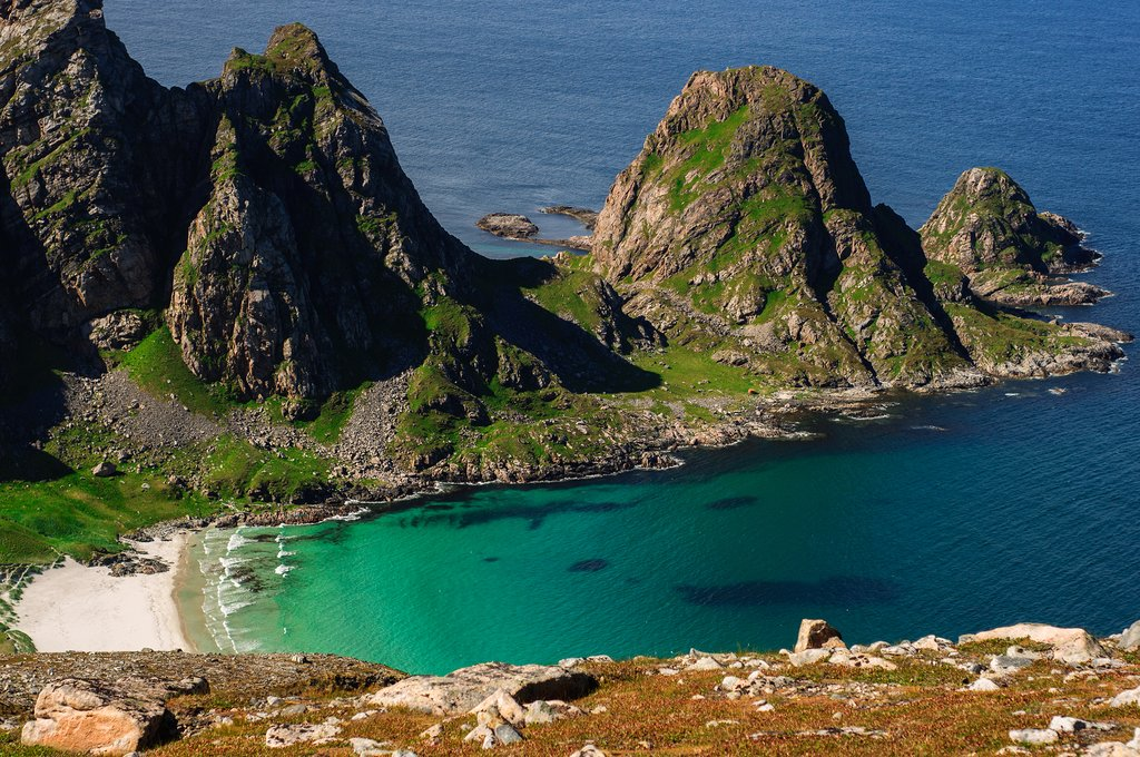 Explore remote beaches on both archipelagoes