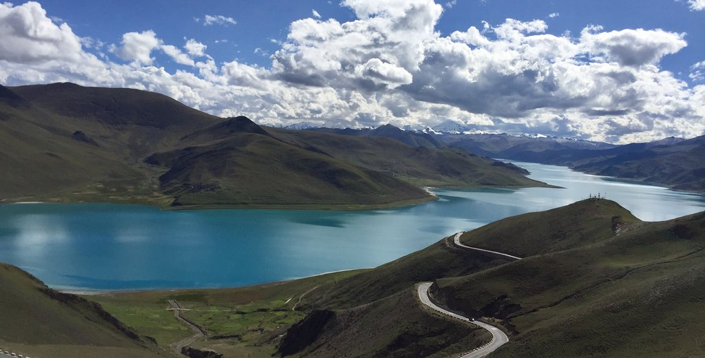 Yamdruk Tso-Lake