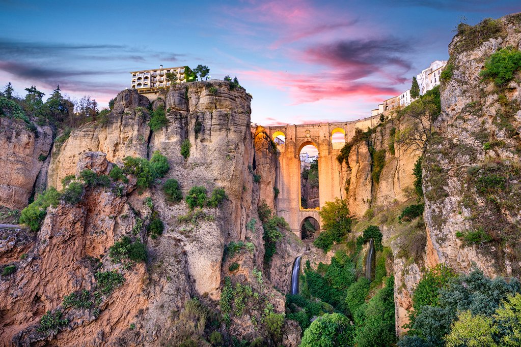 Catch a sunset from the top of gorge in Ronda