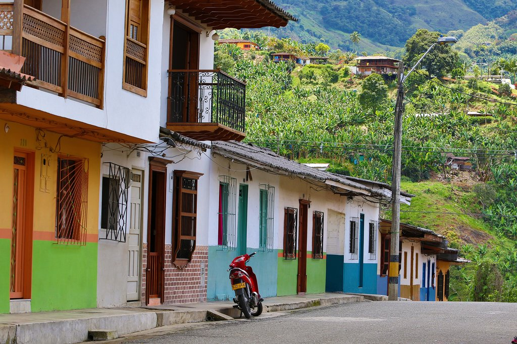 Quiet street in Jardin, Colombia
