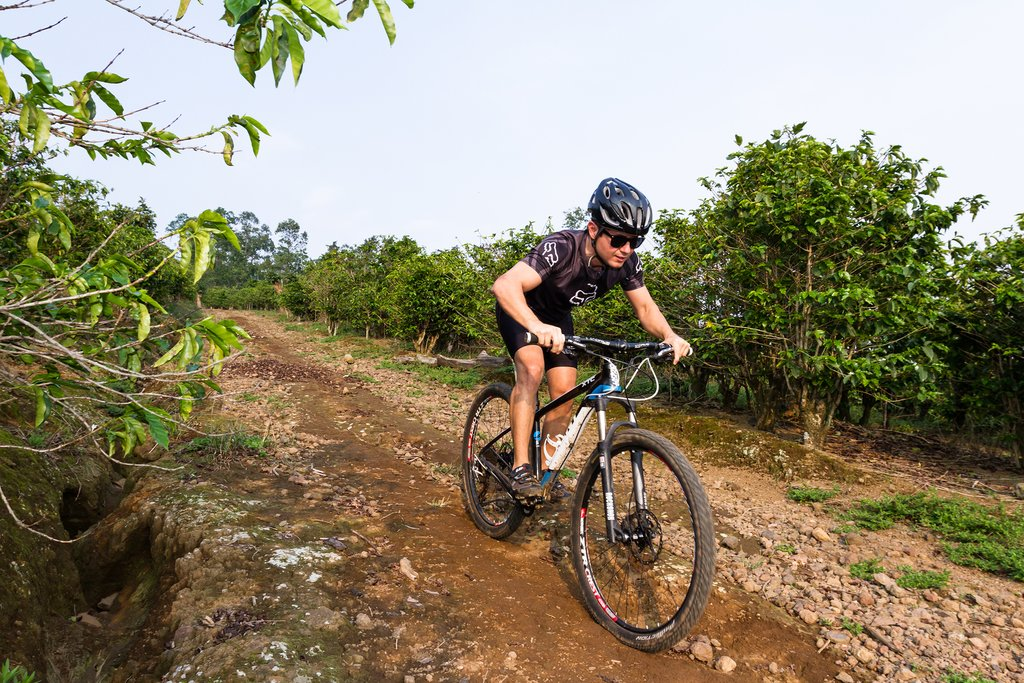 Rugged mountain trails are one way to enjoy Costa Rica by bike