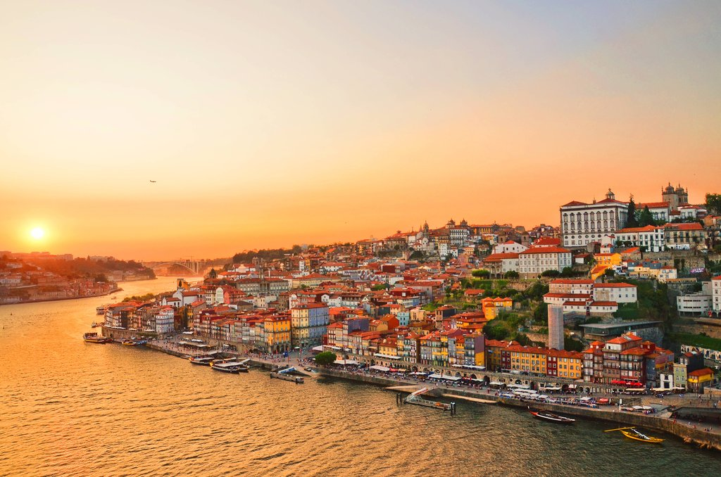 Sunset over the Douro River in Porto