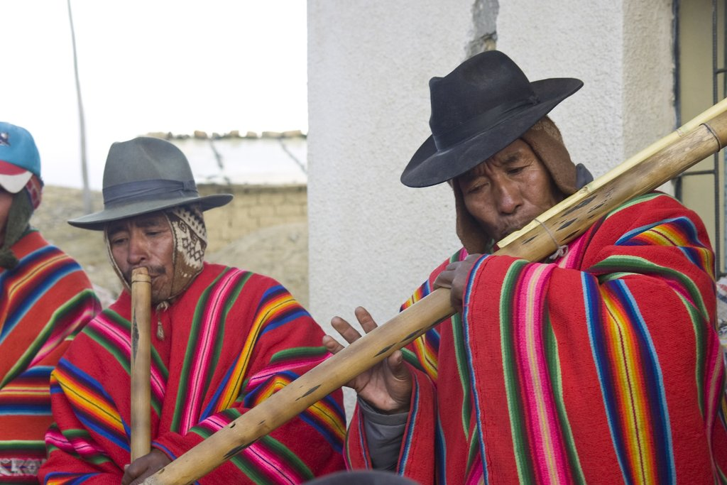 Musicians from Kutapampa share their traditional music and instruments