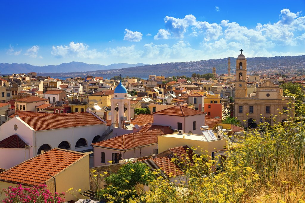 Get A Healthy Dose Of History And Culture On This 8 Day Tour Of Greeces Biggest Cities And The Island Of Crete Begin With A Few Days In The Capital