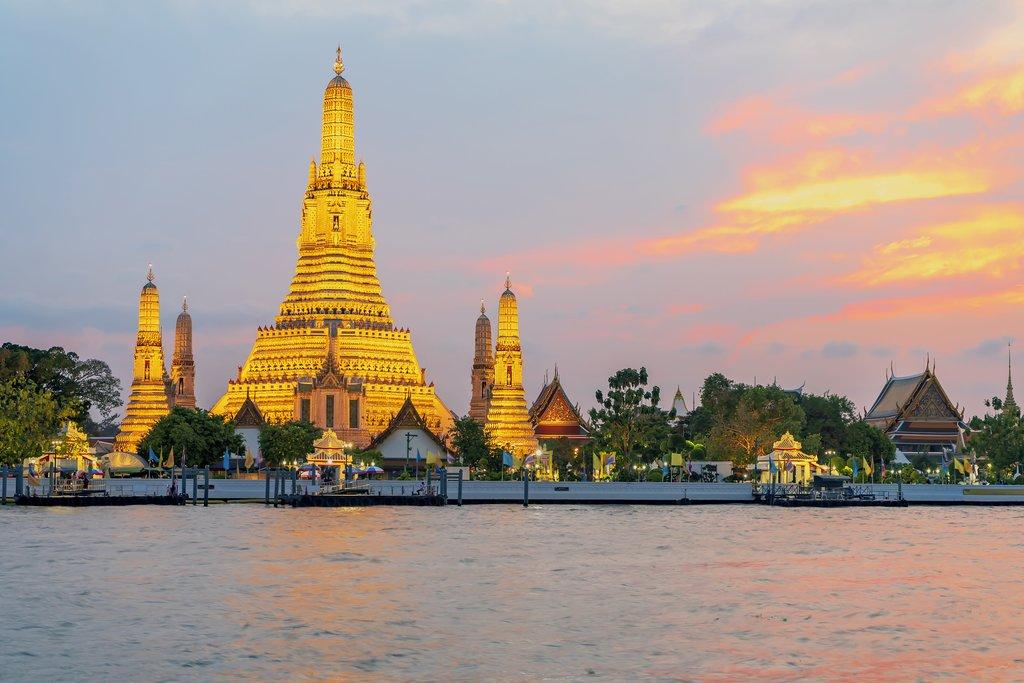 Wat Arun Temple at sunset in Bangkok, Thailand. Wat Arun is a Buddhist temple in Bangkok Yai district of Bangkok, Thailand.