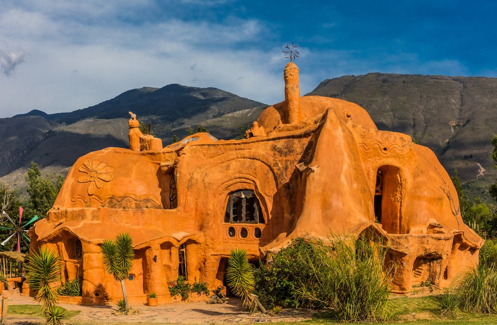 An artistic clay house in Villa De Leyva