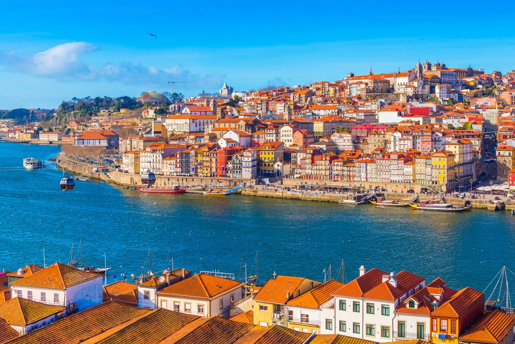 Porto's setting along the Douro River