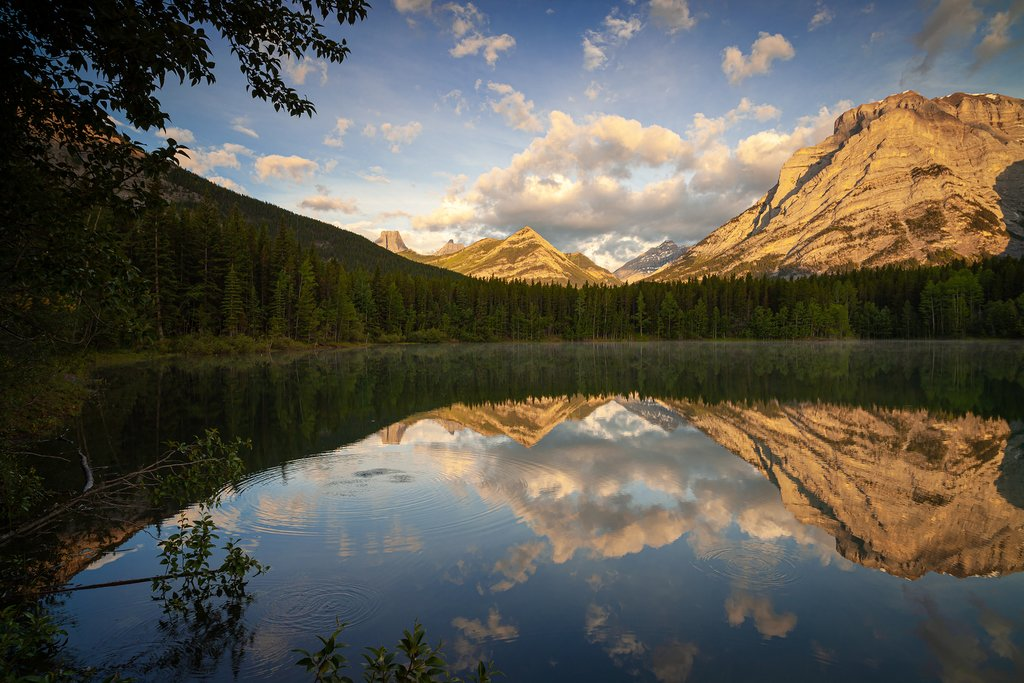 Sunrise at Wedge Pond in Kananaskis Country