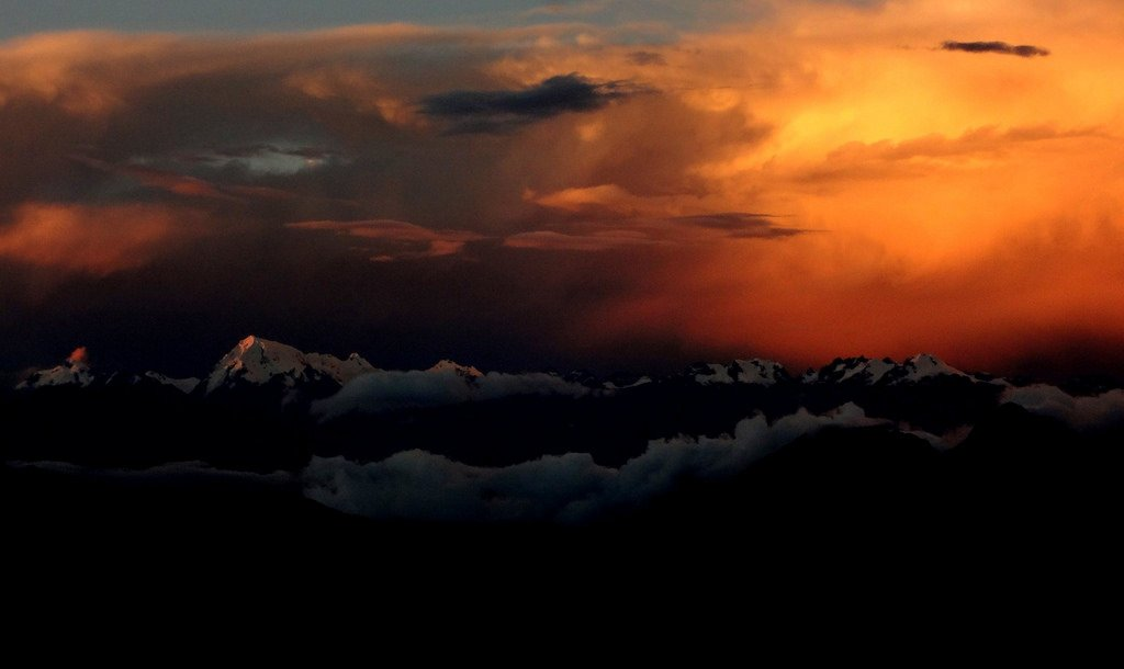 Dusk over the Vilcabamba Range