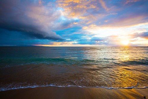 Sunrise at Kihei Beach, Maui