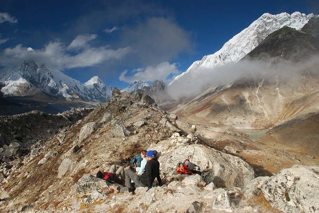 A short rest before crossing the Khumbu glacier, Three Passes trek