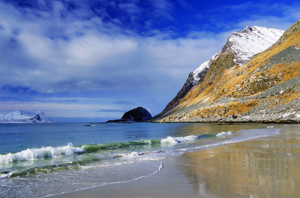 Skip the crowds with a winter road trip in the Lofoten Islands