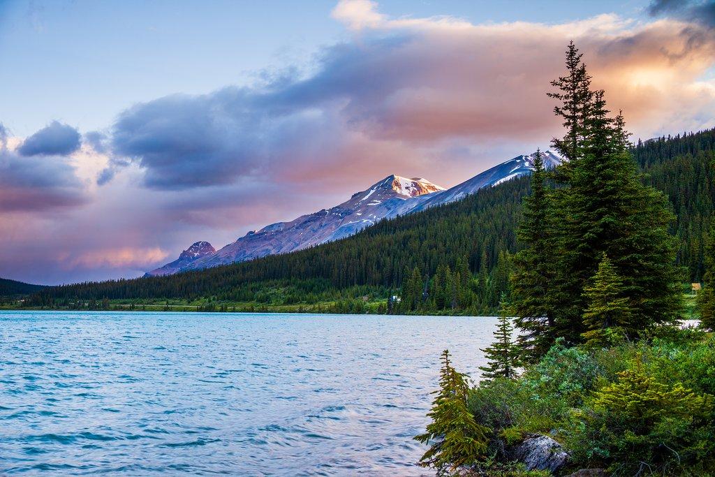 Sunrise over Bow Lake, Banff National Park