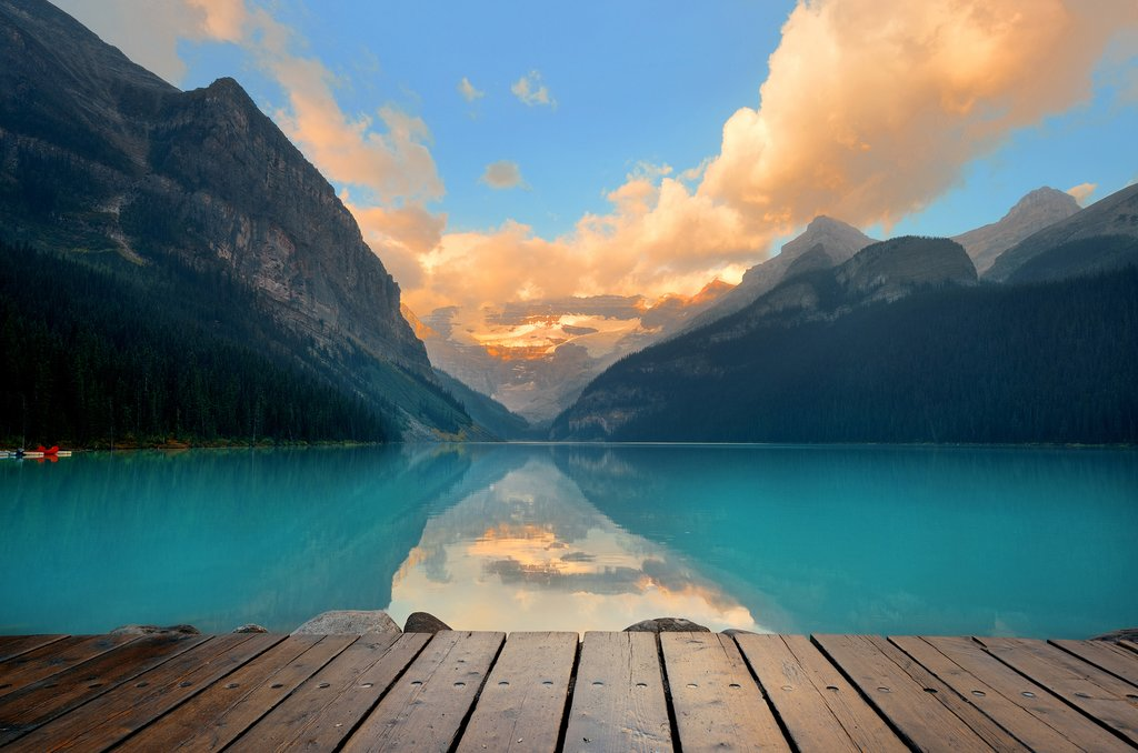 Lake Louise at sunset