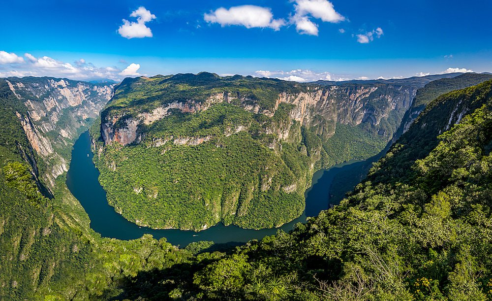 The Grijalva River and the imposing Sumidero Canyon