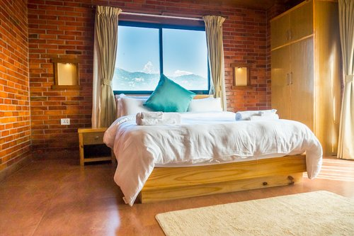 Deluxe Room with Best View (Photo by Big Pillow Inn)