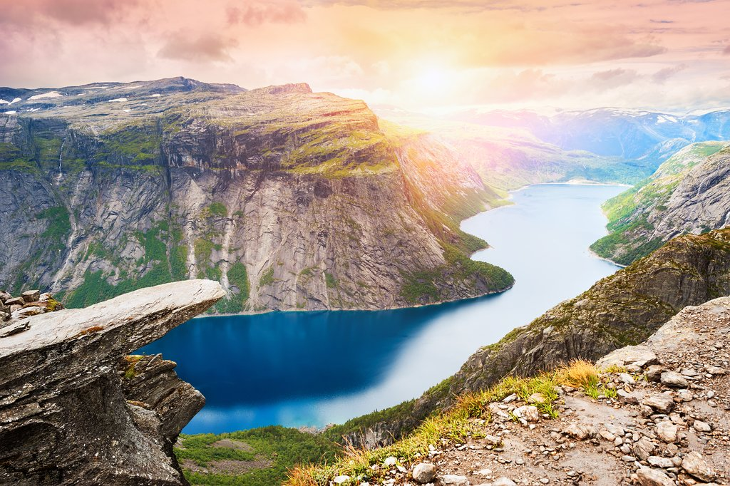 Hike and camp with views of Lake Ringedalsvatnet