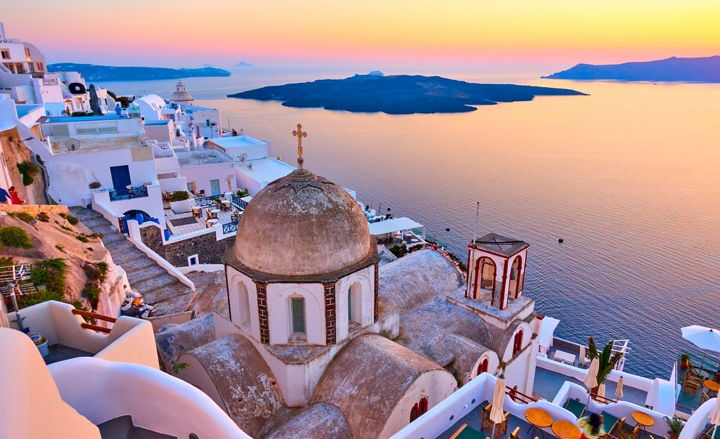 Sunset over Oia on Santorini