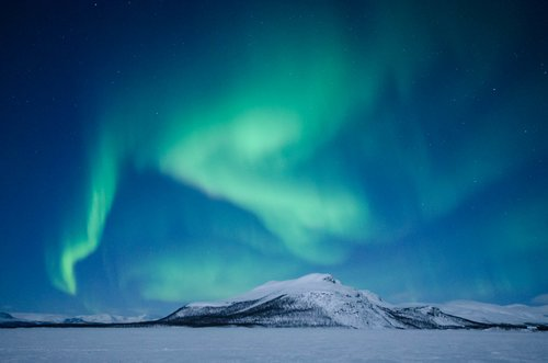 See the most magical places above Arctic Circle on this tour from Rovaniemi to Tromso