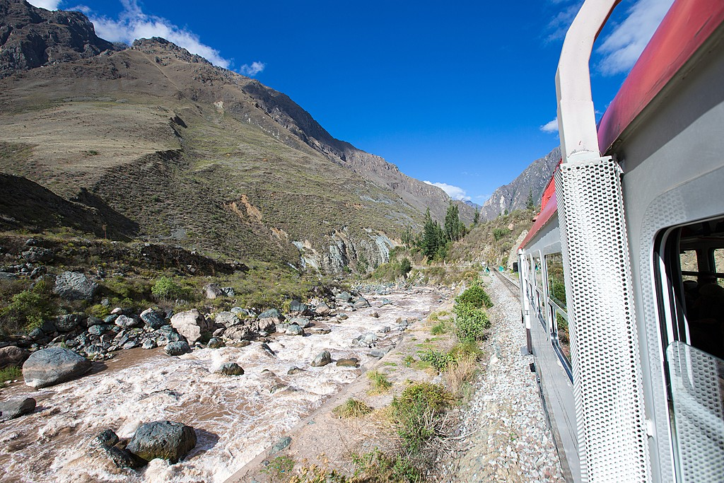 Journey by train from Cusco to Machu Picchu