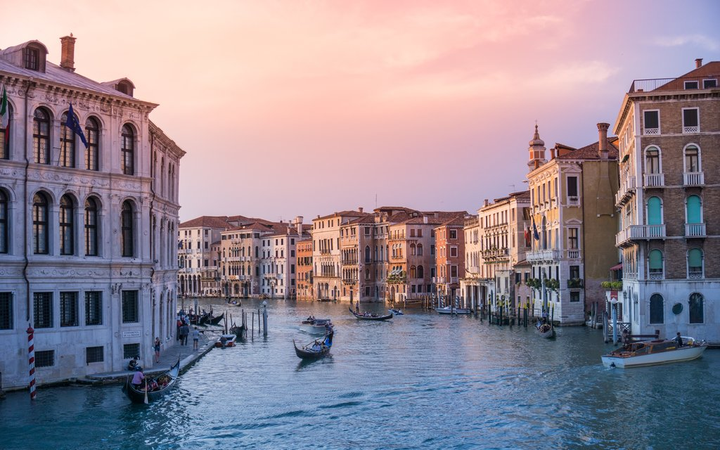 Navigating the waters of Venice