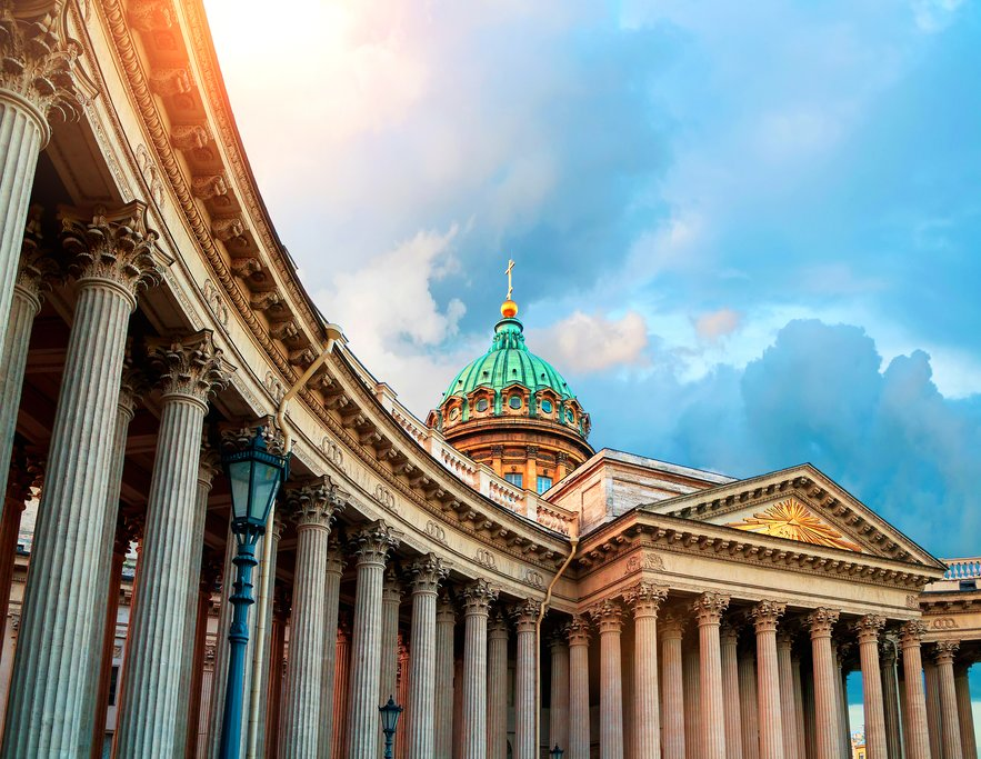 The stunning Kazan Cathedral in St. Petersburg