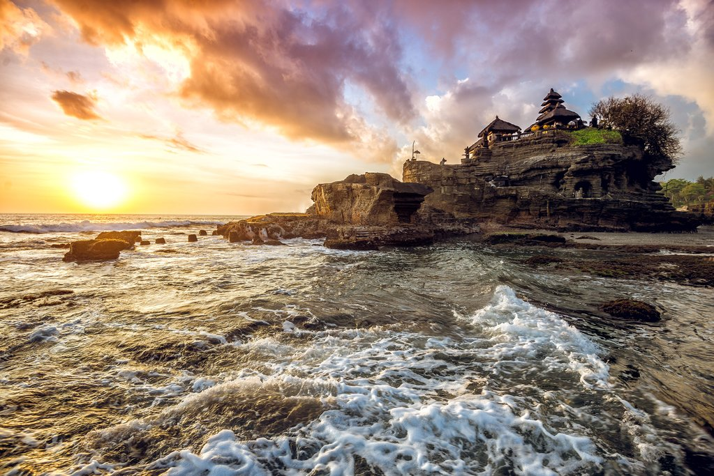 The sea temple of Tanah Lot