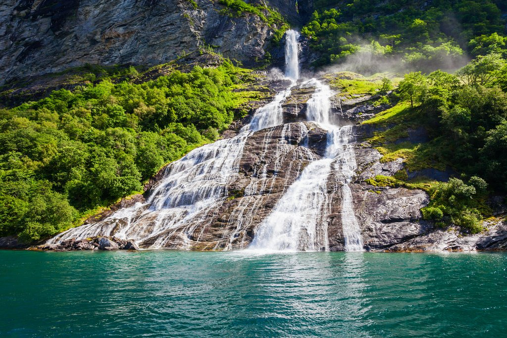 The Seven Sisters Waterfall meets the Geirangerfjord