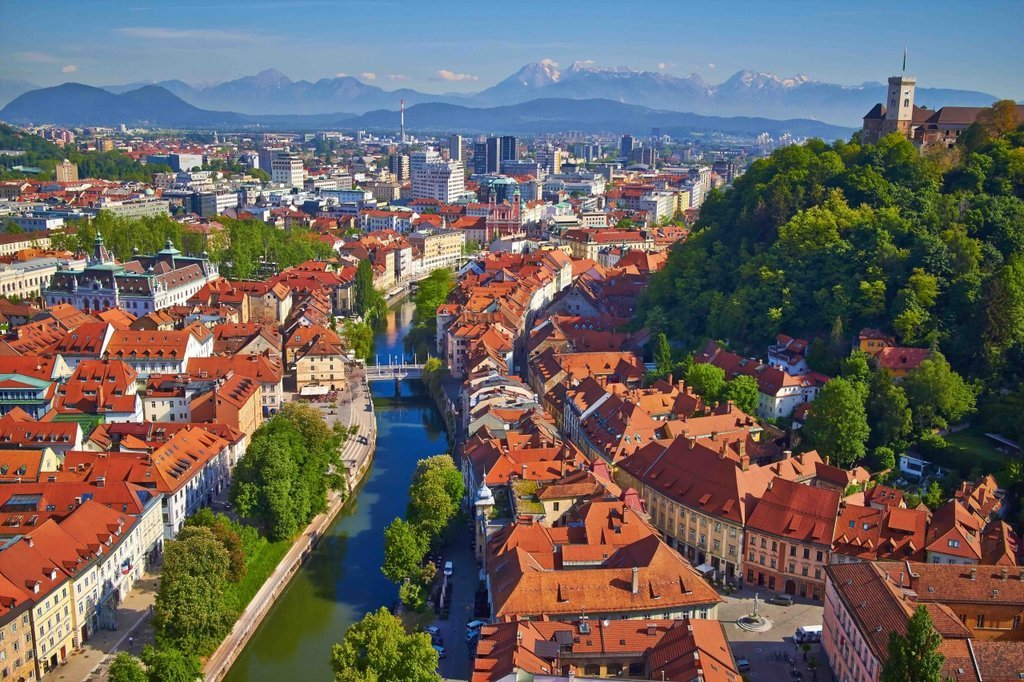 Plan your trip to Slovenia with a kimkim specialist