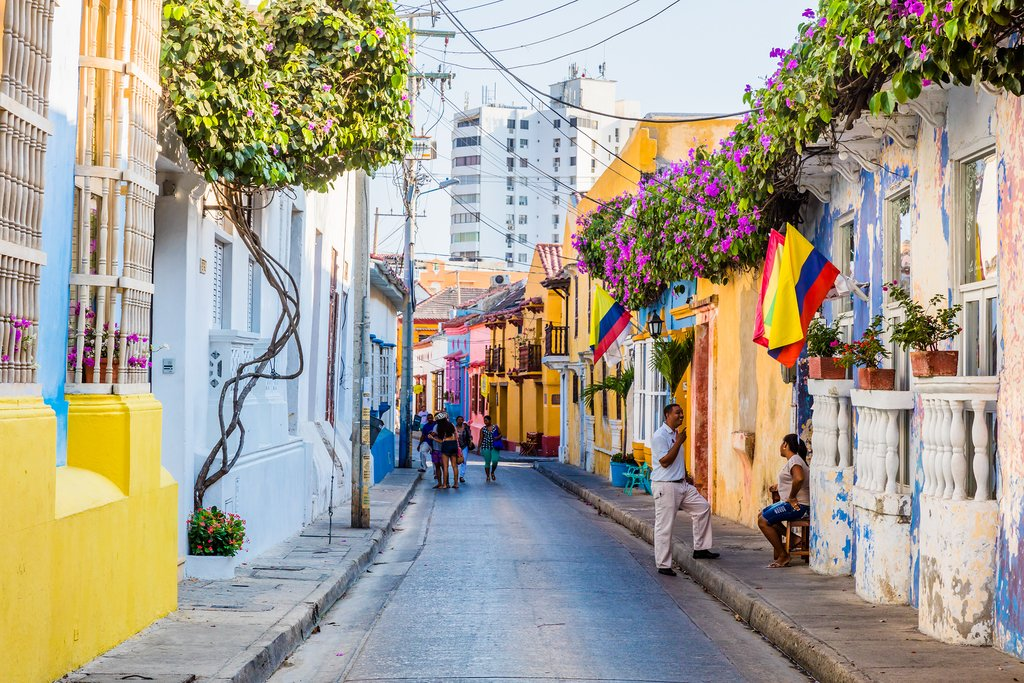 Colorful streets of Getsemaní in Cartagena