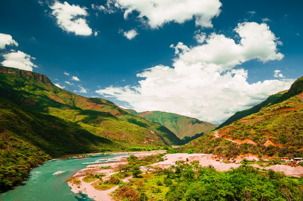 Colombia's River & City Adventure - 8 Days