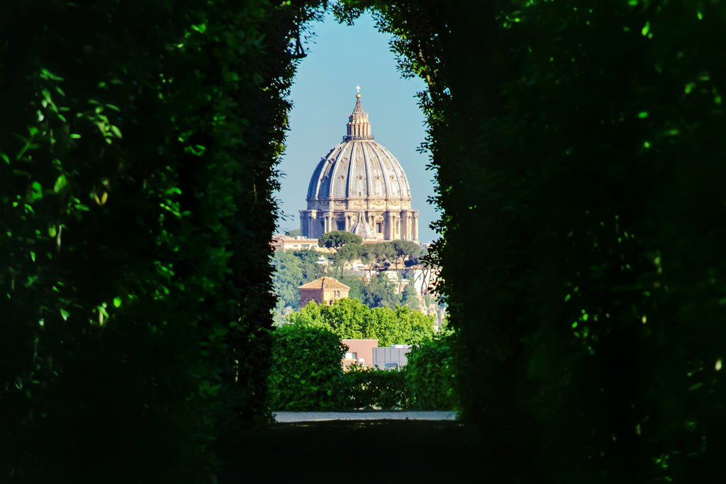 Vatican through the Aventine Hill keyhole