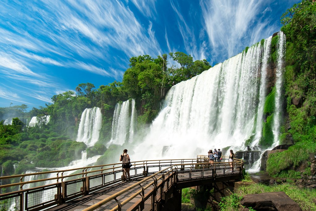 Walking around the waterfalls at Iguazú