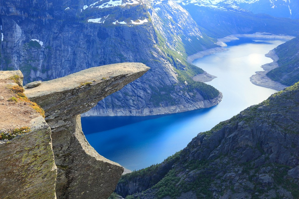 Trolltunga's rewarding vantage point over Lake Ringedalsvatnet
