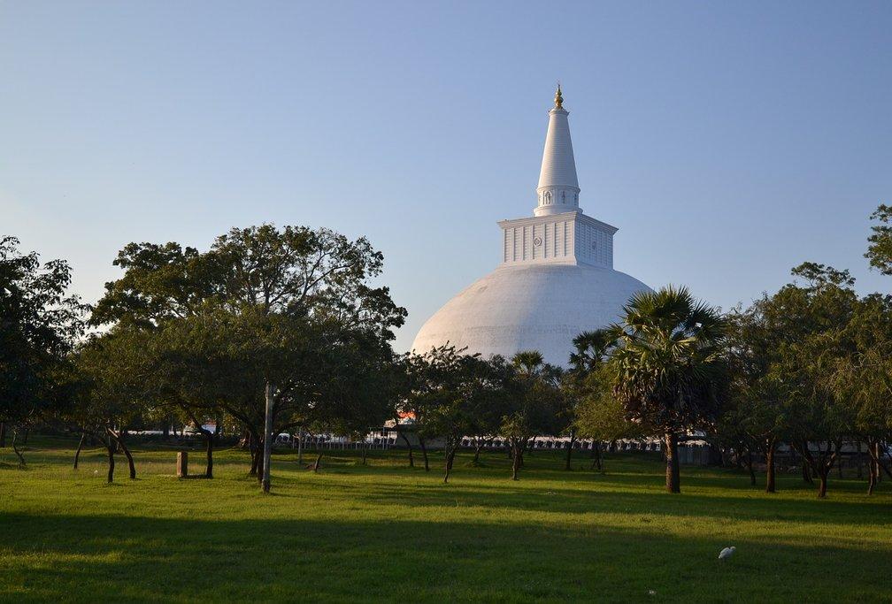 Buddhist stupa in Anuradhapura (Photo courtesy of Pixabay)