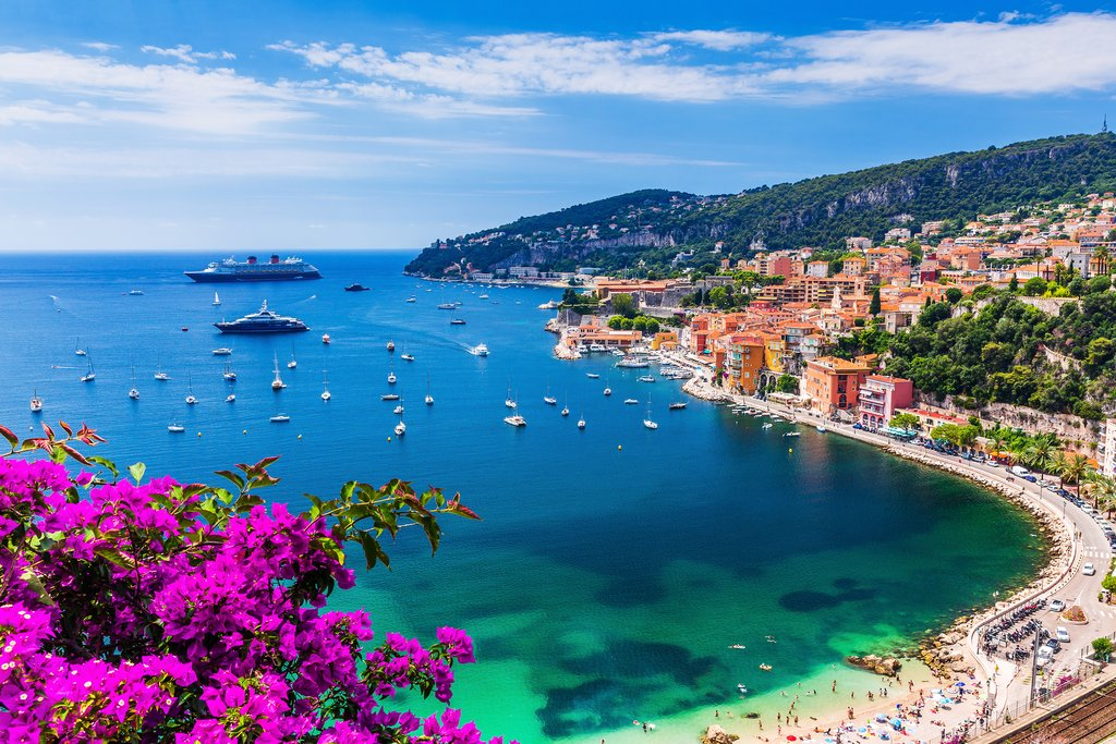 Drive along the Bay of Villefranche during your last day in Nice